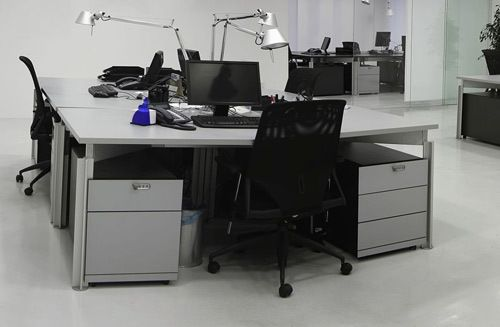 Custom office furniture in Auckland