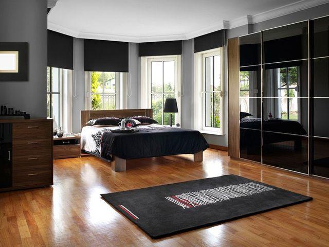 Floorboard restoration service