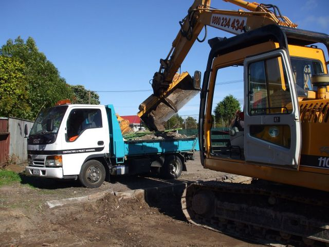 Earth moving services in Hutt Valley
