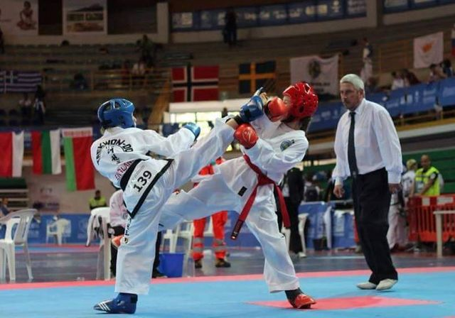 Taekwon-Do sparring, pad work classes in Leicestershire
