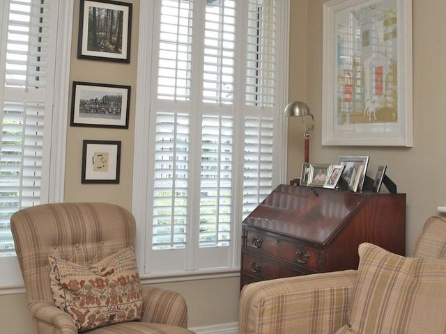 Decorative house shutters