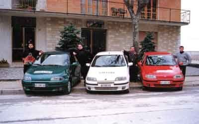 tre punto verniciate con i colori della bandiera italiana