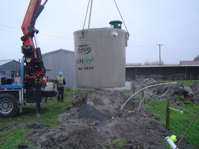 Providing septic tank cleaning and installation in South Otago