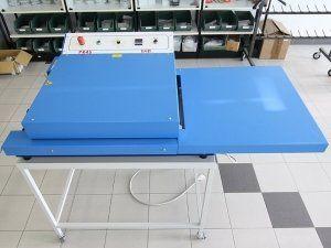 macchinario adesivi