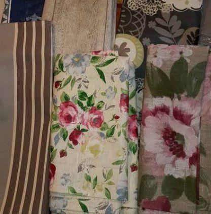 tessuti con decorazioni diverse