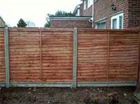 domestic-fencing-north-london-argoss-fencing-&-property-maintenance-house-fence