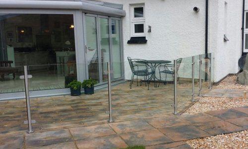 Ready-to-install modular balustrade