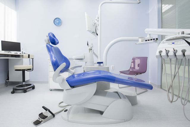 poltrona di studio dentistico