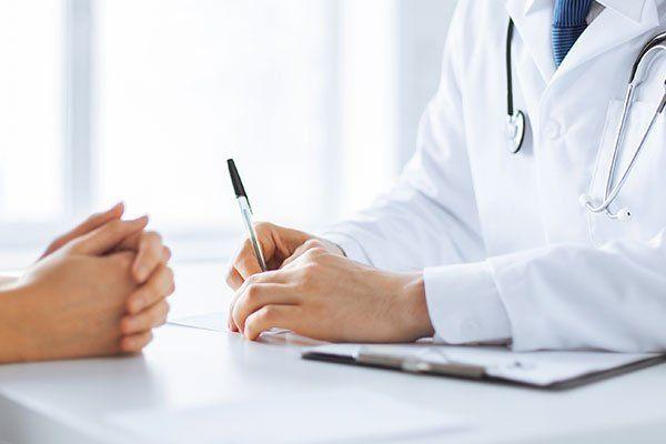 Risultati immagini per medico