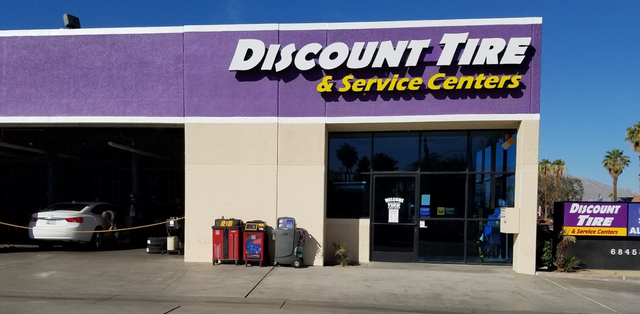 Discount Tire and Service Centers Cathedral City location
