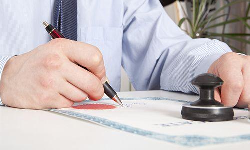 Attorney preparing the legal document in Hamilton, OH