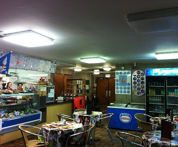 Royd Ices cafe