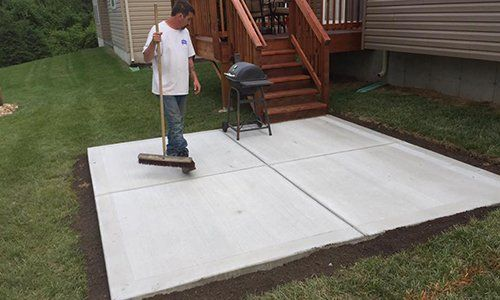 Flatwork for driveways, steps and more in Maryland Heights