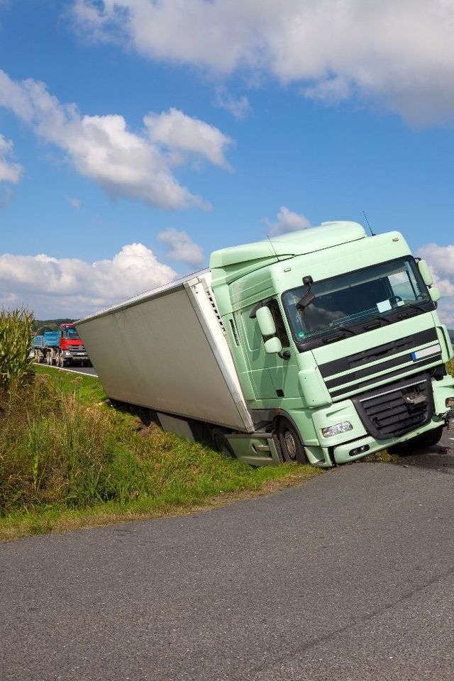 Chicago Trucking Accidents Attorney | Phillip Haddad Law