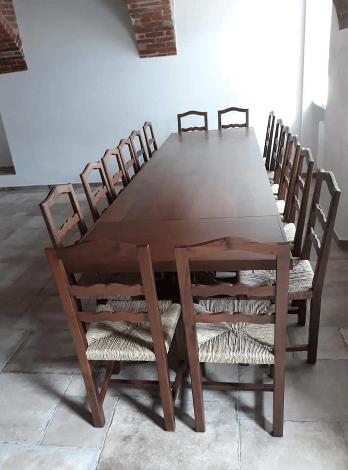 Tavolo Fratino Con Sedie Moderne.Produzione Mobili In Legno Grosso Rocchietti Alfonso