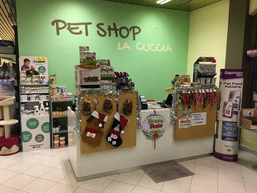 Prodotti per gli animali domestici al negozio Petshop La Cuccia a Asola