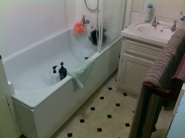 Newly installed bath tub by our expert team
