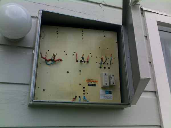 Circuit box under installation