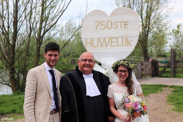 Gijs Zonnenberg Sluit In Ottoland 750e Huwelijk