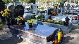 lapidi, arte funeraria, corone floreali