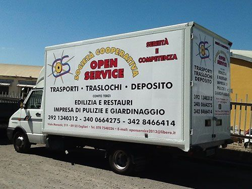 Mezzi per trasporto mobili in tutta Italia di Open Service