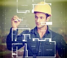 ingegnere con elmetto al lavoro