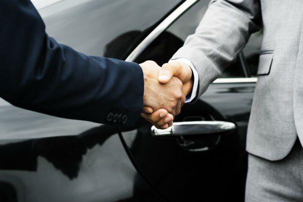 accordo su noleggio auto