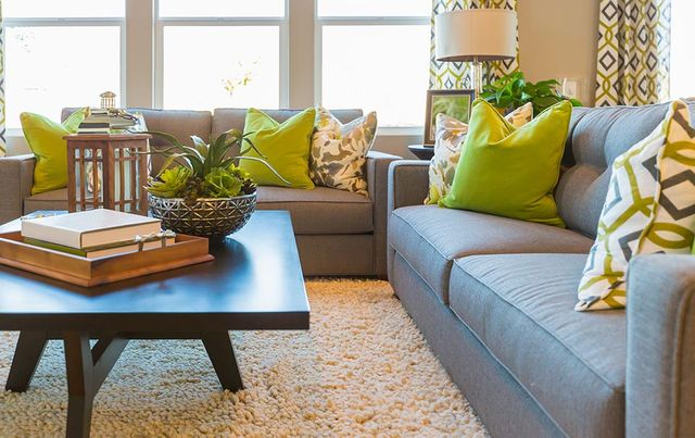 Modern vs. Contemporary Furniture Style