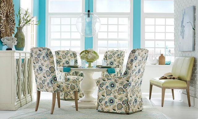 Fairfield Dining Room Set With Paisley Patterned Chairs