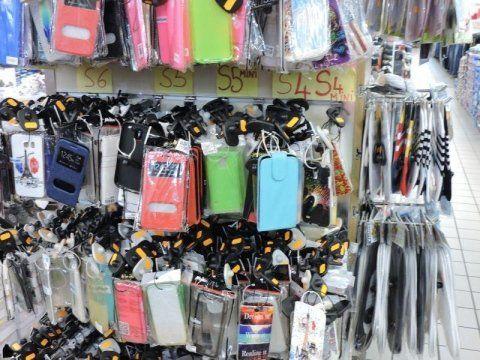 assortimento porta cellulari colorati