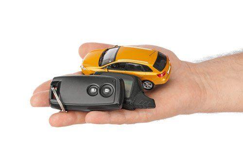 chiavi in mano per auto di cortesia