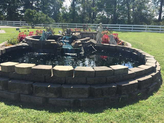 Dixie Memorial Pet Gardens - Millington, TN - Home
