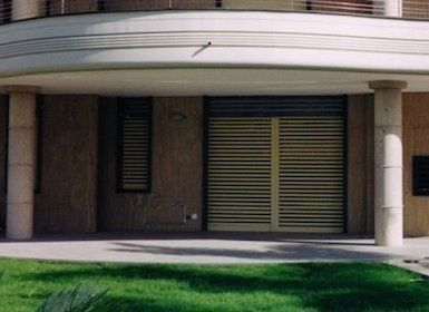 Cancelli estensibili alessandria la moda del colore di moncalieri fabio c sas - Serrande per finestre ...