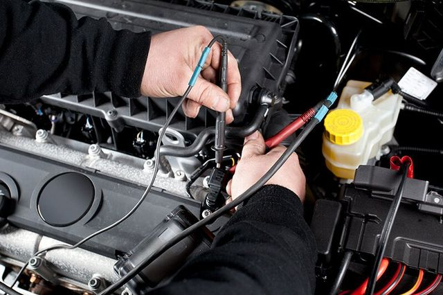Vehicle Repairing Done By The Expert Mechanic