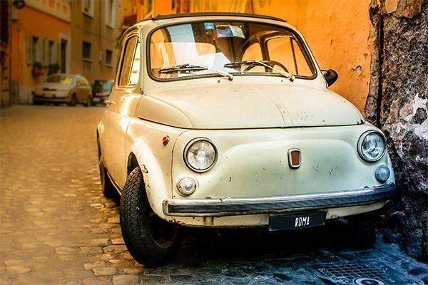 Fiat 500 bianca da restaurare presso 3C Autocarrozzeria a Latina