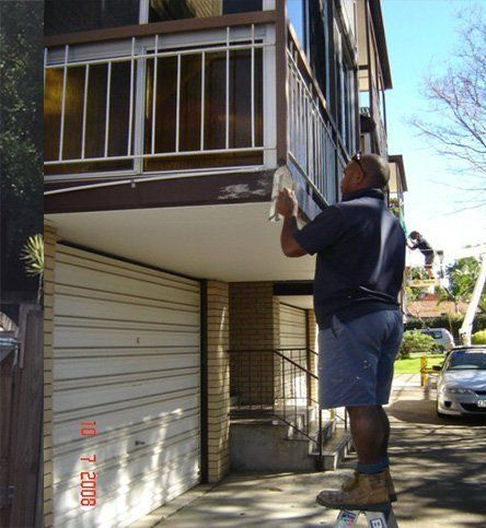 A man providing our residential handyman services in Brisbane
