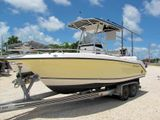 2005 Century 2200 Center Console Boat for Sale
