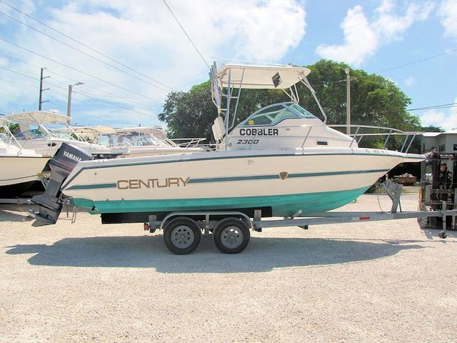 1996 23' Century 2300 Walkaround Boat for Sale by Boat Depot in Key Largo, FL