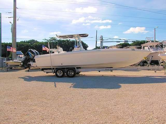 SOLD - 2000 30' Wellcraft Scarab C/C