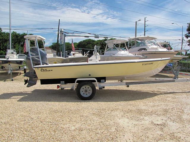 2005 18' Sea Chaser 180 Flats Boat