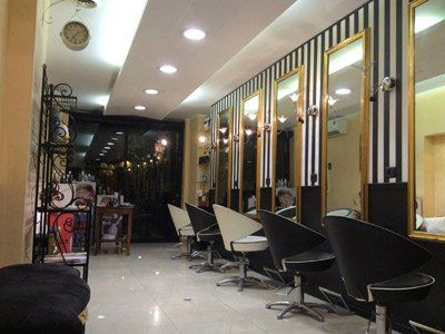 Interno del salone Cogo Hair Stylist a Roma