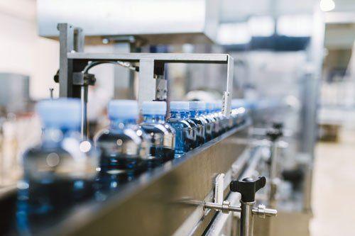 Fabbrica dell'acqua - Linea di imbottigliamento dell'acqua per la lavorazione