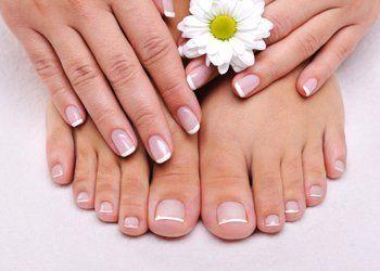 french manicure e pedicure