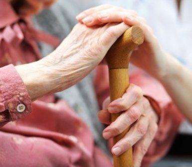 aiuto per pazienti, pazienti anziani, pazienti malati