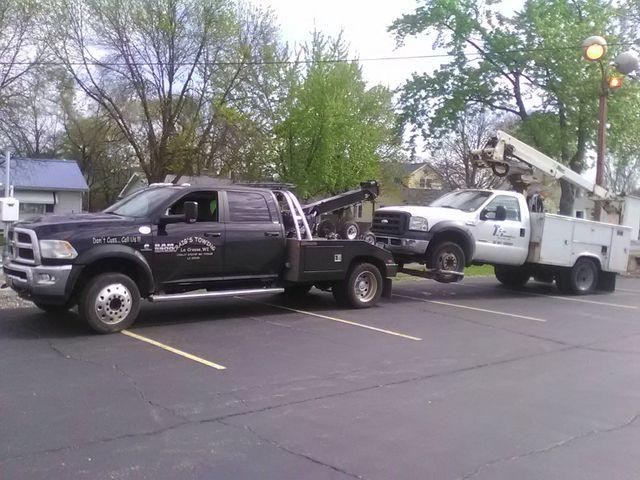 4x4 Wrecker Towing Boom Truck