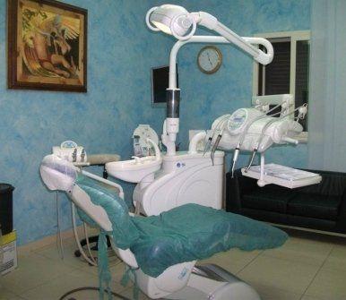 igiene dentale, implantologia, implantologia a carico immediato