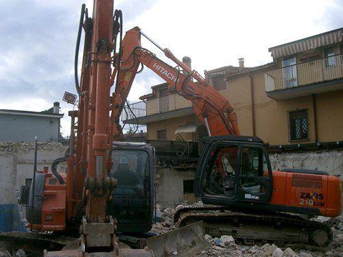Escavazione e demolizione edifici a Verona