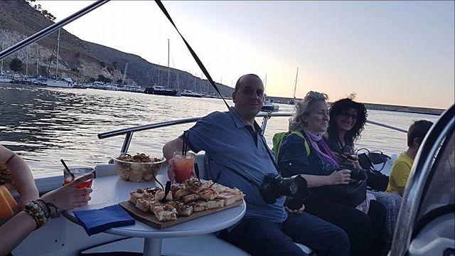 Apericena in barca Castellammare del Golfo