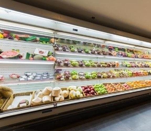 vetrina frigo supermercato