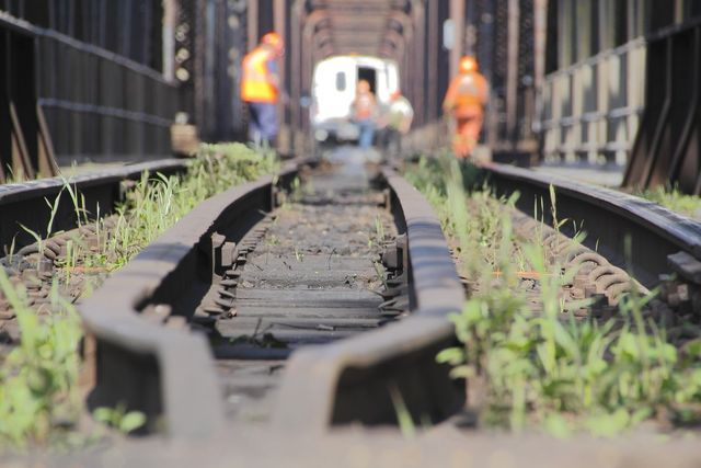 NDT rail inspections,  steel bridges
